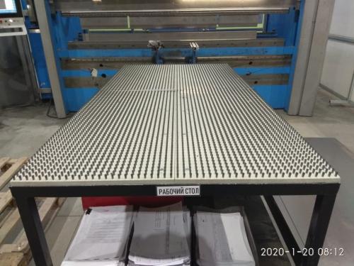 Щеточные панели для сборочных производств и оборудования для обработки листовых металлов