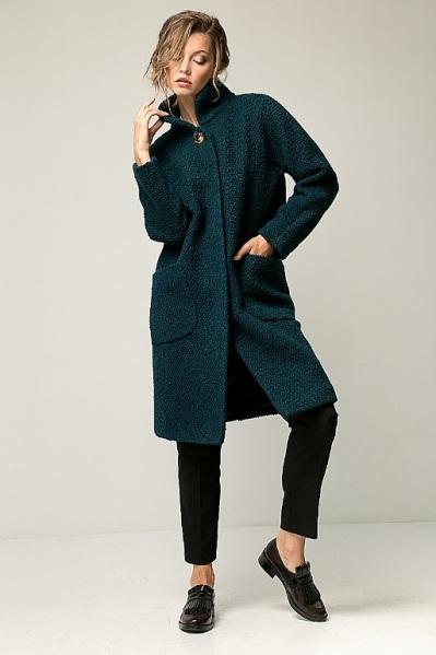 Швейная фабрика шьет мужскую и женскую одежду на заказ