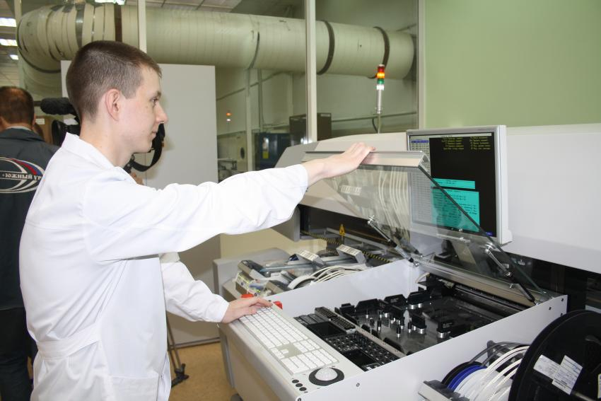 Новый завод по производству электронных модулей введен в строй в Санкт-Петербурге