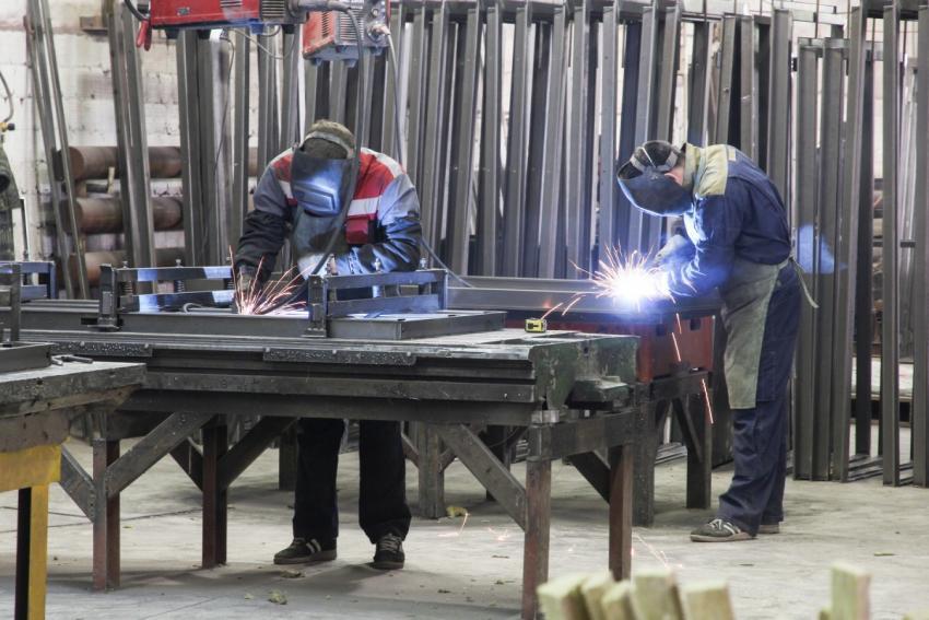 В Кировской области набирает темпы производства обновленный завод дверей