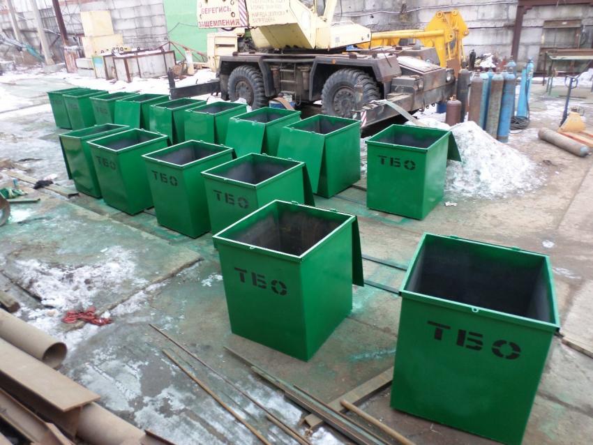 Азовский завод запустил новую очередь производства контейнеров для твердых отходов