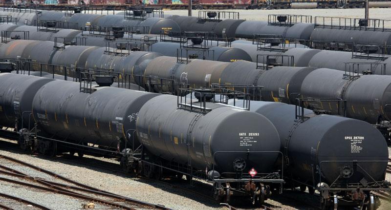 Как транспортируют нефть?