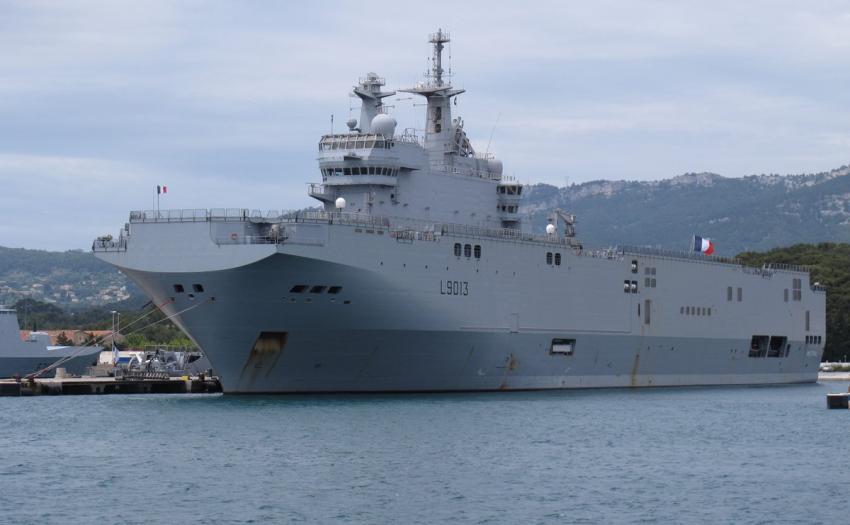 «Мистрали» не нужны. Какие корабли скоро сойдут с российских верфей?