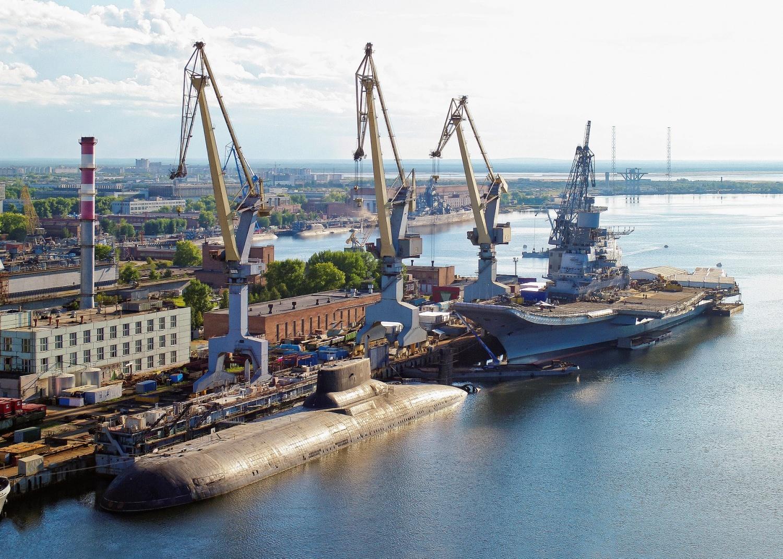 На подводных лодках сталь заменят современными композитами – они гасят вибрации