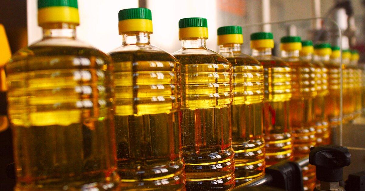 Людям выгодно, а заводы и аграрии потеряют доход: на экспорт подсолнечного масла введена пошлина